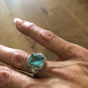 Jewelry - Beautiful Aquamarine antique style silver ring